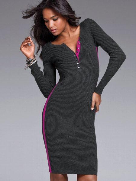 f1321b2585fede6 Платье-лапша с высочайшими разрезами по краям. Универсальное платьице  лаконичного дизайна. Пикантности присваивают разрезы, выделяющие красоту  ног и извивы ...
